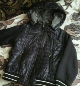 Куртка утепленная, на весну, 5-7 лет.