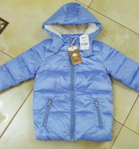 Новая куртка для девочки  next 4-5 л.