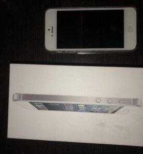 iPhone 5 (16Gb) белый