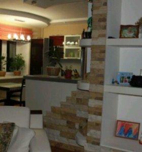 Квартира, 3 комнаты, 115 м²