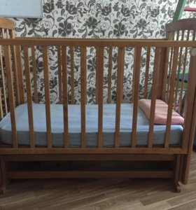 Кроватка детская с кокосовым матрасом
