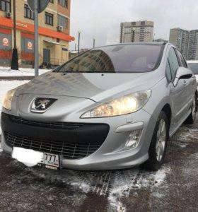 Peugeot 308 1.6AT 2010г.