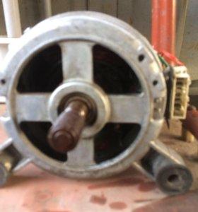 Двигатель от стерильной машины аристон