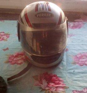 Шлем мотоциклетный , спортивный .