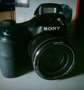 Цифровой фотоаппарат SONY DSC-H300