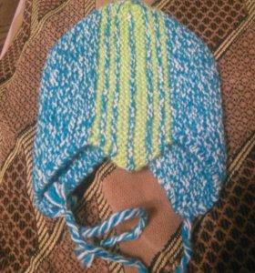 Вязаная шапочка для новорожденных