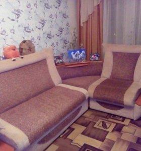 Уголок и кресло