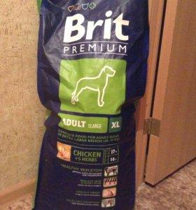 Корм BRIT PREMIUM для средних собак с курицой 13кг