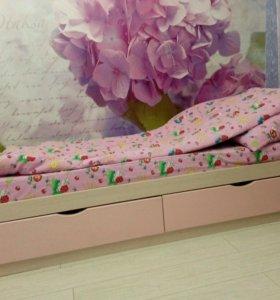 Кровать с выдвижными ящиками+комод+шкаф
