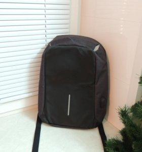 Рюкзак Bobby с защитой от воров