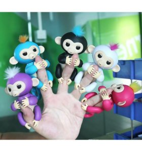 Обезьянка Fingerlings интерактивная