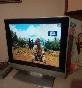 Телевизор отличный рабочий, продаю в связи с покуп