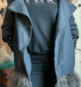 Фирменное Пальто-Тренч-Пиджак женское