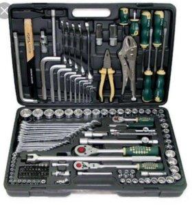 Набор ключей с трещетками Force 142 предмета