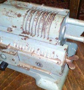 Арифмометр- счётная машина Феликс