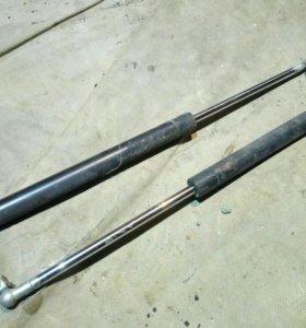 Газовые упоры ВАЗ 2112