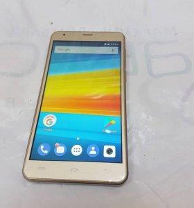 Смартфон DEXP Ixion Es355