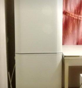 Холодильник Electrolux