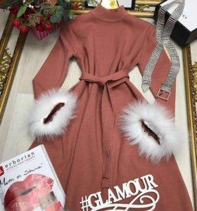 Платье с натуральным мехом