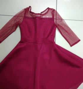 Платье 44-46 размер...500