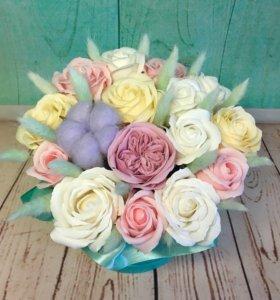 Мыльные розы в шляпных коробках