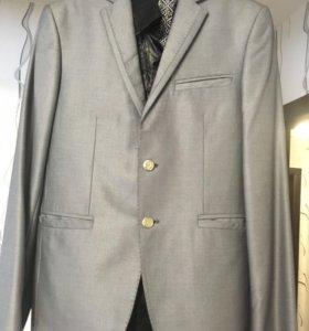 Стильный мужской костюм Diego ballotelli