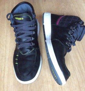 """Кроссовки """"Adidas"""" б/у"""