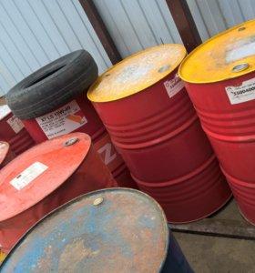 Продам бочки железные из под масла. 208 лит