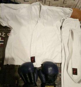 Кимоно и перчатки