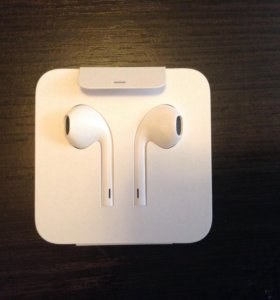 Наушники к iPhone 7 EarPods новые с переходником