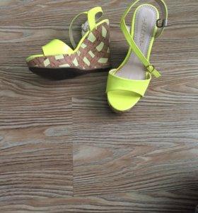 Обувь - босоножки