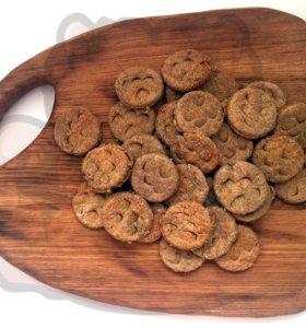 Лакомство печенье из оленины для собак