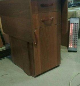 Стол тумба с ящиками