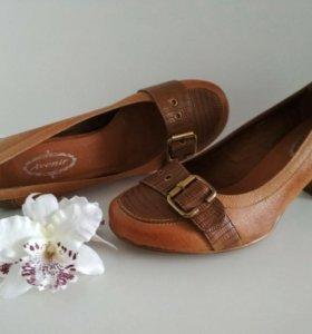 Туфли новые кожа 38 размер