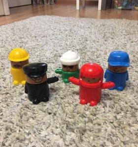 Продам игрушечные фигурки ИКЕА (цена за 5 фигурок)