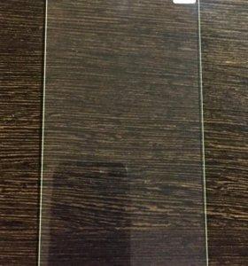 Новое защитное стекло на iPhone 6;7;8 Plus