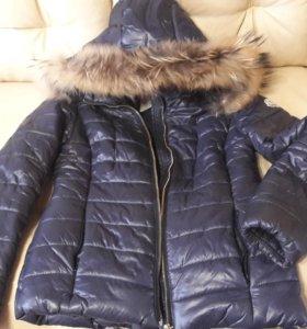 Куртка-пуховик с натуральным мехом