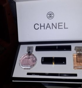 Набор от Шанель