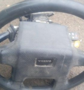 Руль с рулевой колонкой Volvo s80 с ключём