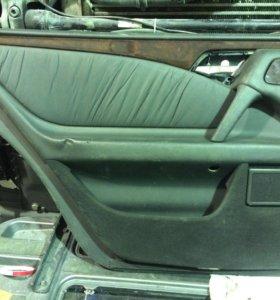 Обшивка на Mercedes-Benz E W210