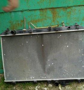 Радиатор от toyota vista