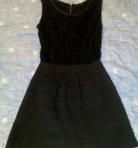 Платье женское, черное.
