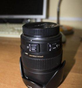 Sigma AF 18-200mm f/3.5-6.3 DC OS HSM
