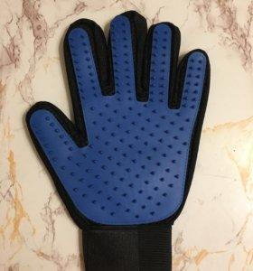 Щетка-рукавица для шерсти