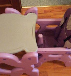 Стучик и стол для кормления детский. транформер
