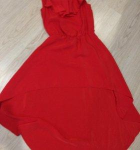 """Красное платье """"с хвостом"""""""