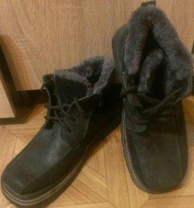 Ботинки зимние новые,мужские