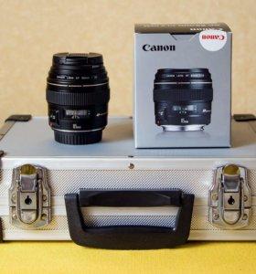 Объектив Canon 85mm 1.8