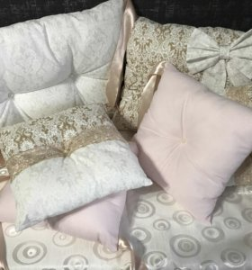 Бортики в кроватку и одеяла бомбон