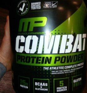 Протеин от MP Combat 1800 гр